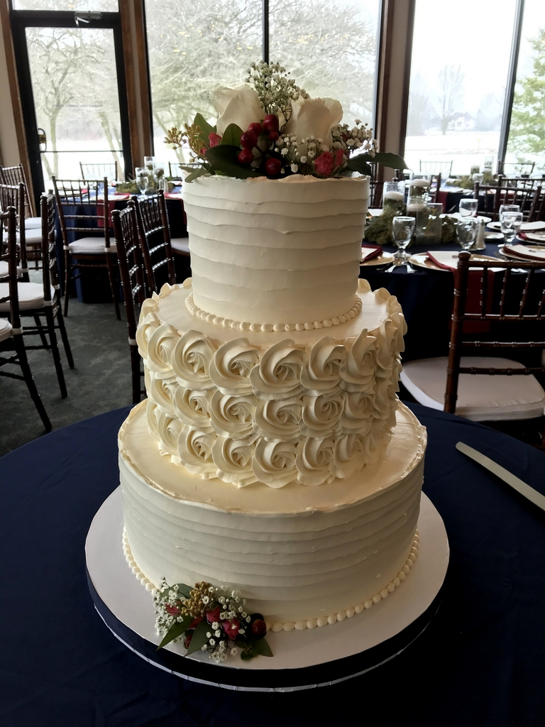 ann arbor golf course winter wedding